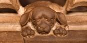 Ein schlafender Hund im Strassburger Münster... sollte man nicht wecken... Foto: Stefan Böhm / CC-BY-SA 4.0int