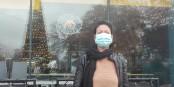 """Aïsha Said, devant son """"Café Columbus"""", ne veut plus attendre sa lente mise à mort... Foto: Eurojournalist(e) / CC-BY-SA 4.0int"""