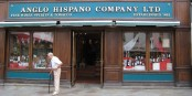 L'Anglo Hispano Company, un symbole de la double culture gibraltarienne.  Foto: Löwe 48 / Wikimedia Commons / CC-BY-SA 3.0
