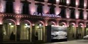Photomontage de l'installation devant l'Hôtel Le Meurice à Paris - pas annulée, mais reportée au mois de Novembre 2021. Foto: Photomontage Dorota Bednarek