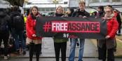 Reporters sans Frontières manifeste pour la libération immédiate de Julian Assange. Et l'Europe regarde ailleurs... Foto: Manon Levet // Reporters sans Frontières France / Wikimedia Commons / CC-BY-SA 4.0int