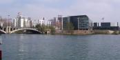 Der Sitz von Sanofi-Aventis in Lyon. In der Impfstoff-Entwicklung ist das Unternehmen ein Flopp... Foto: DERVIEUX Sébastien / Wikimedia Commons / GNU 1.2
