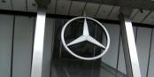 """Heissen die Autos mit dem guten Stern künftig """"Melcedes-Benz""""? Foto: Baden.de / Wikimedia Commons / CC-BY 3.0"""