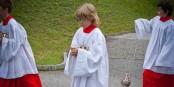 """Lange wurden in der katholischen Kirche Messdiener als eine Art """"Freiwild"""" betrachtet. Foto: Clemens v. Vogelsang from Liechtenstein / Wikimedia Commons / CC-BY 2.0"""