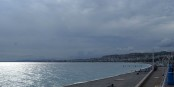 Die Promenade des Anglais in Nizza ist am Wochenende geschlossen. Wenn's dann was bringt... Foto: Txllxt TxllxT / Wikimedia Commons / CC-BY-SA 4.0int