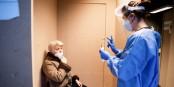 Les femmes sont plus durement touchées par la pandémie que les hommes... Foto: Jennifer Jacquemart / European Union 2021 / Source - EC Audiovisual Services