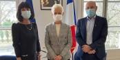 Martine Mérigeau (CEC), Brigitte Klinkert et Vincent Thiébaut - du travail en faveur des consommateurs et - de la coopération transfrontalière. Foto: CEC/ZEV