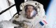 Thomas Pesquet, lors de sa première sortie extra-véhiculaire, durant la mission Proxima sur l'ISS, le 13 janvier 2017. Foto: NASA, /  Wikimedia Commons / PD