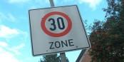 Ce panneau, on le verra bientôt partout dans 7 grandes villes allemandes. Foto: Manfred Sauke / Wikimedia Commons / CC-BY-SA 3.0