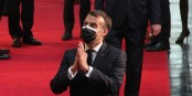 Emmanuel Macron ist der Spalter - erst die Linke, dann nicht so erfolgreich gegen die Rechten und  nun spaltet er die ganze französische Gesellschaft. Foto: Marine Dumény / EJ / CC-BY-SA 4.0int