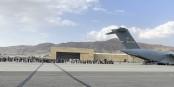Ceux qui n'ont pas la chance d'être sur l'un des tout derniers vols d'évacuation, auront du mal à quitter le pays. Foto: U.S. Central Command Public Affairs / Wikimedia Commons / PD