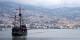 Si dans Baie de Funchal, peut occasionnellement se trouver un navire rappelant l'époque des Grandes Découvertes, la population vit bien au XXIe siècle. Foto: Mstyslav Tchernov / Wikimedia Commons / CC-BY-SA 3.0