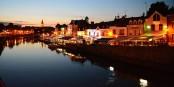 Les couleurs bleutées de la nuit au quartier amiénois Saint-Leu, rendront aussi hommage à l'Homme en Bleu, qui y aura bientôt une place à son nom. Foto:  Yassine Boukhriss / Wikimedia Commons / CC-BY-SA 4.0int