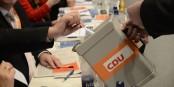 Bevor die CDU ihre neue Parteispitze wählt, sollte sie gut nachdenken... Foto: CDU/CSU-Bundestagsfraktion / Wikimedia Commons / CC-BY-SA 3.0